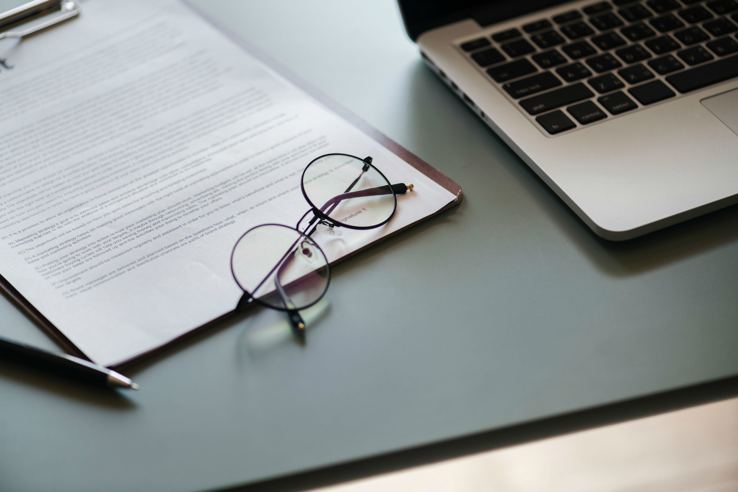 How to use legal templates and manage your risk